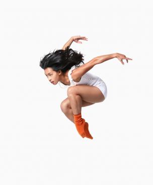 MiMi Reed jumping